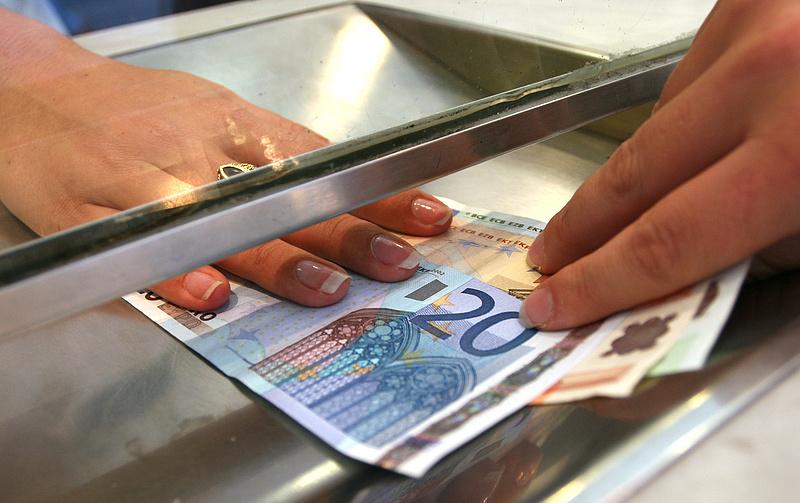 Nagyon közel van a magyar euró?