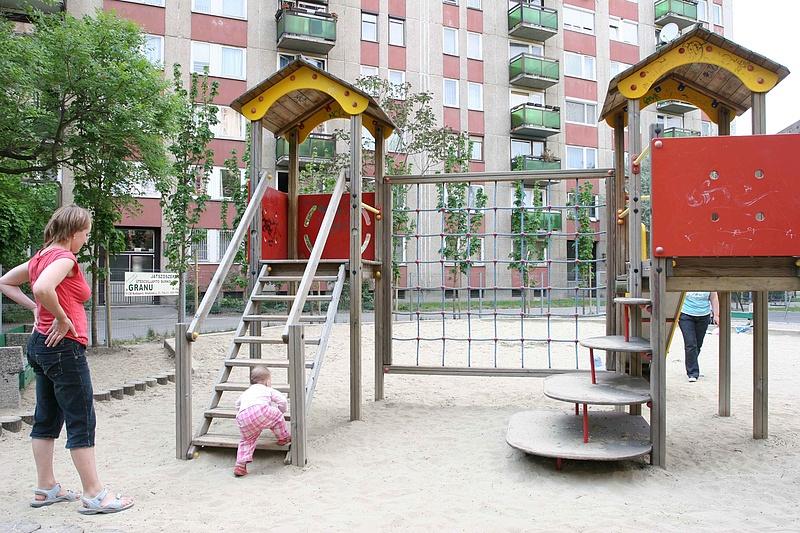 Új javaslattal állt elő Kósa Lajos: nem csak a nyugdíjasokat terelné szövetkezetbe