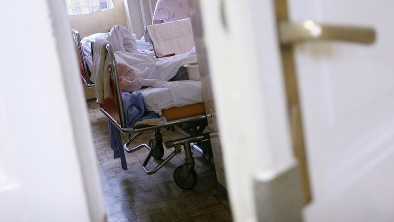 Brutális választásra kényszerítik a kórházi vezetőket