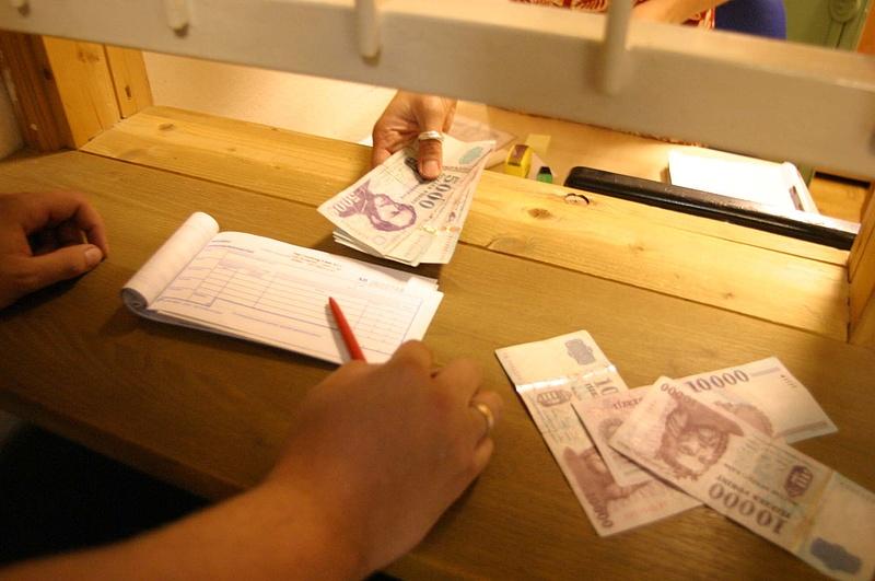 Európai bérunióért gyűjt aláírást a Jobbik
