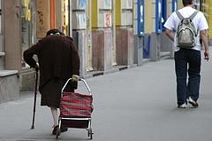 Vészterhes évek várnak a magyar nyugdíjasokra