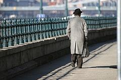 Fontos figyelmeztetés a nyugdíjasoknak - meg kell előzni a bajt