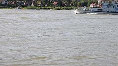 Gyalogos Duna-híd épül