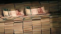 Odacsapnak Matolcsyék - begyengült a forint