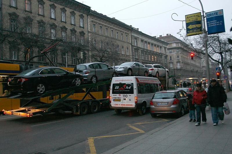 Rossz hírt kaptak a budapesti autósok