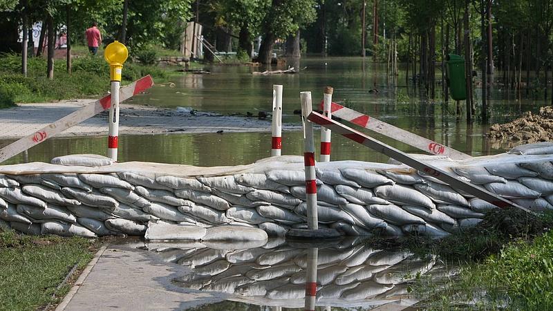 Indulhat a gátépítés Budapesten