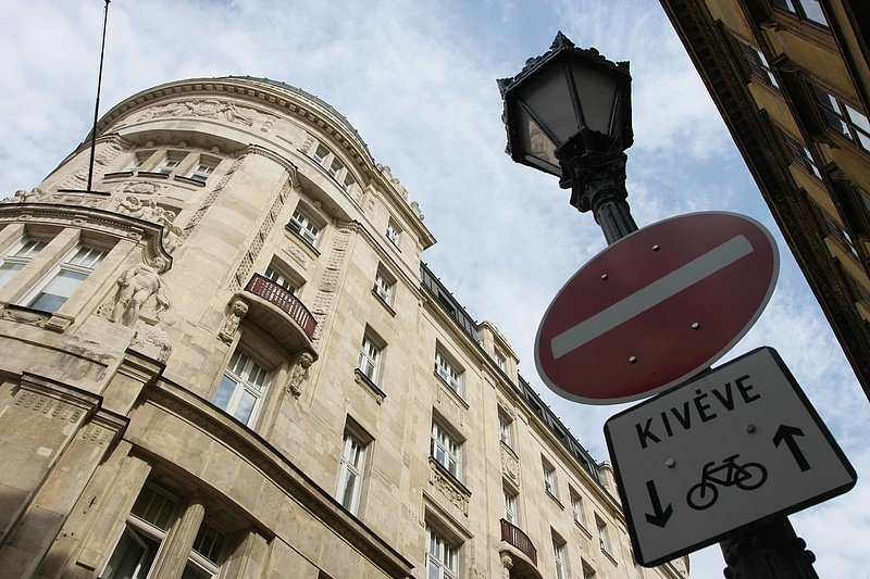 Máris nagy mínuszban jár a magyar költségvetés