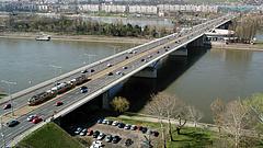 Részleges sávlezárás lesz az Árpád hídon a hétvégén