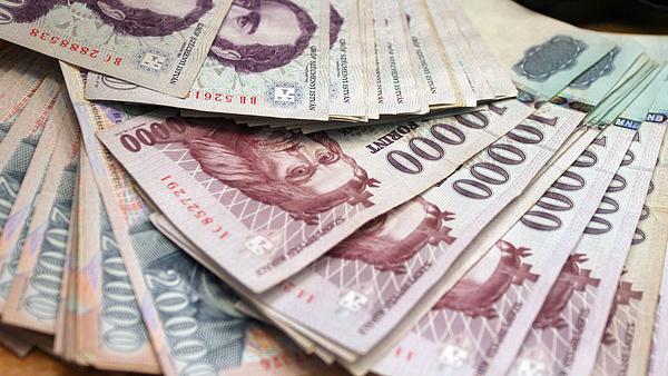 Vitték ma is a magyar államkötvényeket