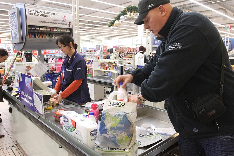Kiderült, mekkorát nő a műanyag zacskók termékdíja