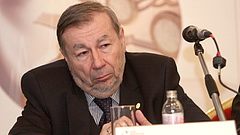 Megvan a bizalom: újabb hat évet kapott Kovács Árpád