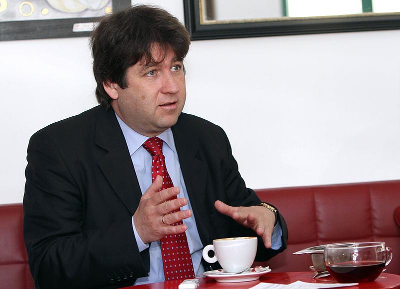 Káldor-díjjal ismerték el a neves magyar közgazdászt