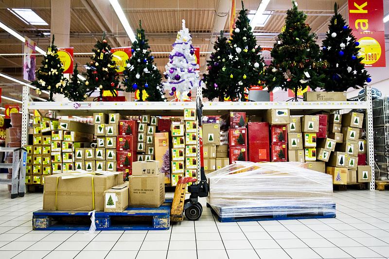 Kiderült, mennyivel költhetnek többet a magyarok karácsonykor