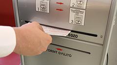 Kötelező lesz azonnal utalni a magyar bankokban - Mennyiért?
