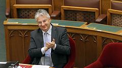 Navracsics Tibor kemény figyelmeztetést kapott a kormánytól