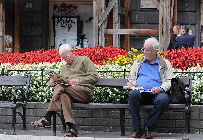Rászálltak a nyugdíjasokra a szlovák végrehajtók