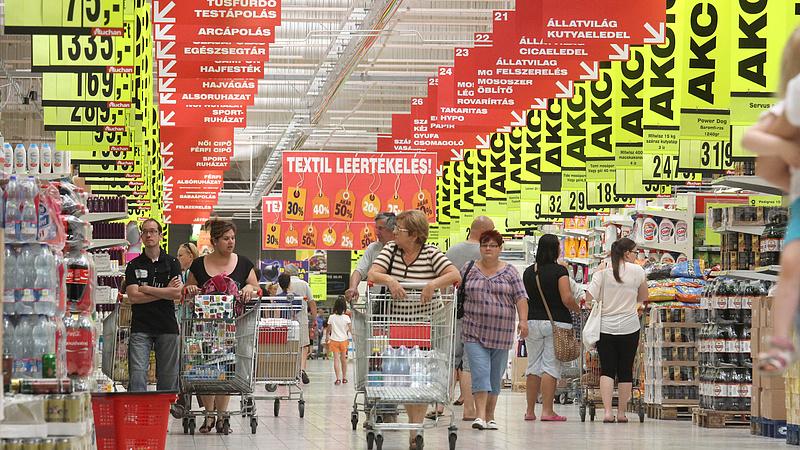 Az Auchan teleszórja automata kasszákkal a boltjait