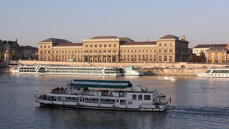 Változik a budapesti hajóközlekedés