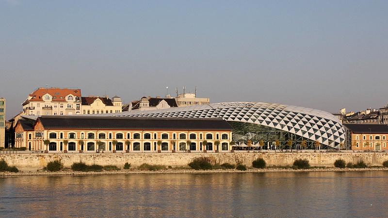 Újabb milliárdos ingatlant vásárol a magyar állam